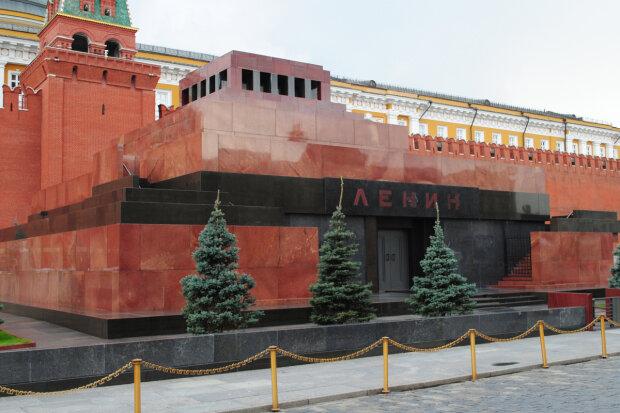 Мавзолей, Ленин