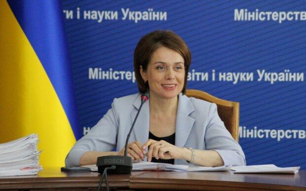 Лилия Гриневич: плагиат в статьях и квартира за восемнадцать гривен