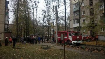 Виноват окурок: в киевской многоэтажке прогремел взрыв