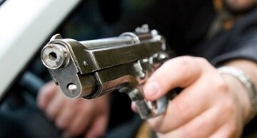 стрельба, пистолет