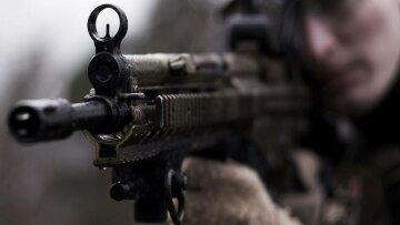 бойцы-военные-автомат-прицел