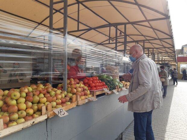 Вчені з'ясували, яку небезпеку приховують у собі яблука: кому і чому не можна їх їсти