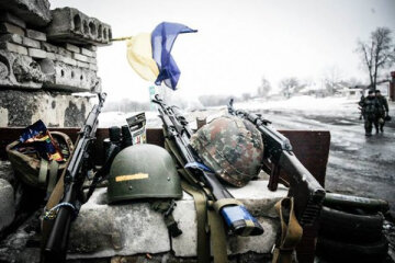 Я вернусь домой и слезы тебе оботру: украинские бойцы трогательно поздравили украинских матерей