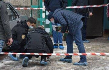 """""""Вышел на улицу с человеческой головой"""": неадекват расправился с людьми на Одесчине, кадры с места"""