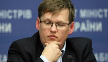 630_360_1429002920-ministr-sotsialnoji-politiki-ukrajini-pavlo-rozenko