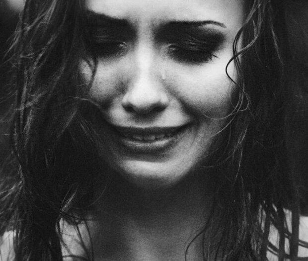 слезы, беда