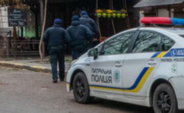"""""""Избивал и стрелял"""": пьяный полицейский устроил дебош в Днепре, скандальные подробности"""