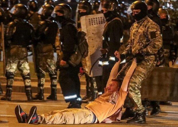 """Бутусов рассказал, к чему приведут зверские побоища в Беларуси: """"И тогда кто-то находит оружие и..."""""""