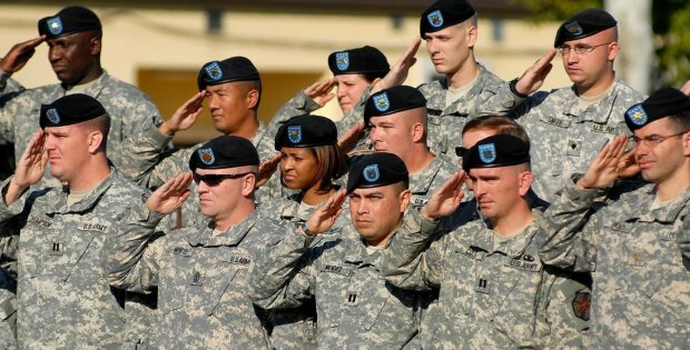 Военные США потратят на смену пола восемь миллионов своего бюджета
