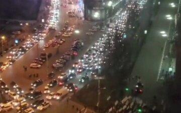 Масштабный митинг парализовал Киев: столица стоит в пробках, видео
