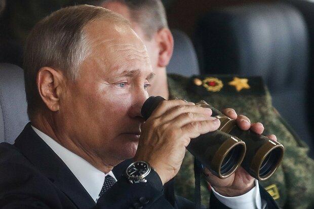 """Нове вторгнення Путіна, ситуація не на нашу користь: """"десятки тисяч на кордоні"""""""