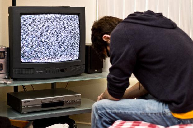 телевизор,