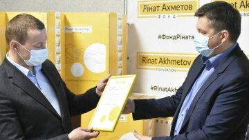 Фонд Рината Ахметова – лидер среди благотворительных организаций Украины