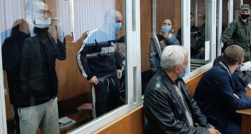 """""""Перерізали вени"""": драма розігралася в суді Одеси, фото і подробиці"""
