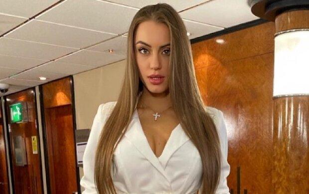 """Спекотна Міс Україна прямо в спортзалі показала, чим спокушає чоловіків: """"Потрібно продовжувати рід"""""""