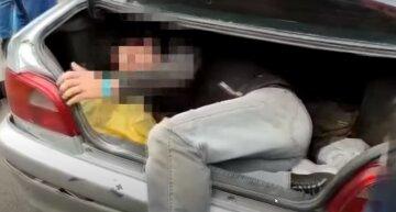 Під Одесою банда іноземців викрадає людей: почалася спецоперація, відео