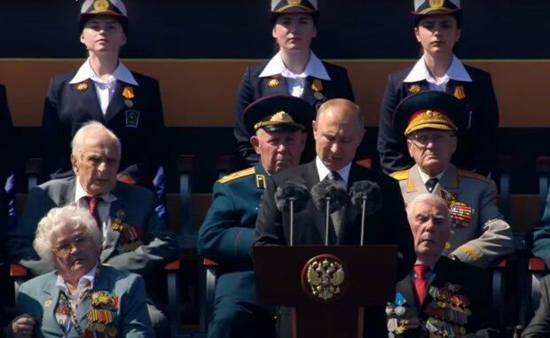 """Молода """"ветеранша"""" перекреслила старання Путіна з парадом, ганебний кадр: """"Губи всякі потрібні"""""""