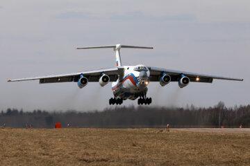 Російський літак зник із радарів: летів у бік Вірменії
