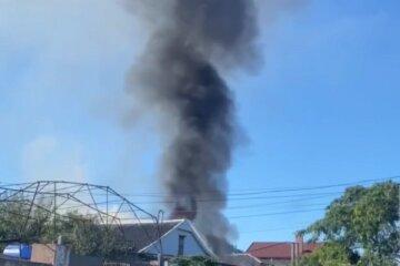 Малолітки підпалили будинок багатодітної сім'ї, все заради забави: кадри НП на Одещині