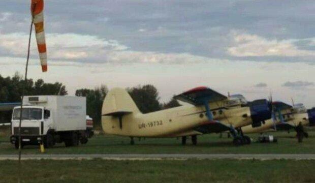 На Харьковщине началась вакцинация: завезли самолетами, детали