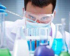 ученые медик бактерии опыт