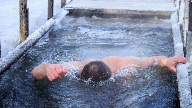"""Водохресне купання обернулося лихом у Харкові: """"зупинилося серце"""""""