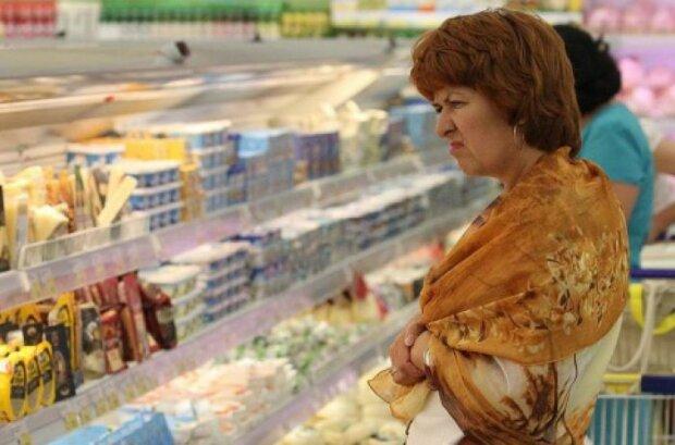 Все контрабанда: Польща годує українців 100% підробленими сирами