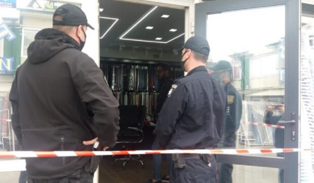 """Вооруженное нападение на рынке в Одессе, объявлен план """"Перехват"""": видео беспредела"""