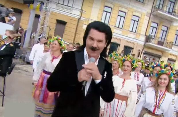 """Зибров оправдался за песни на русском языке ко Дню Независимости: """"Тогда и на немецком нельзя петь"""""""