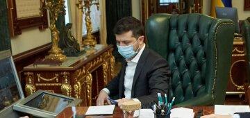Зеленський підписав закон з вимогою до НКРЕКП заборонити імпорт струму з Росії та Білорусі