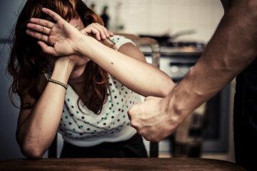 насилие избиение