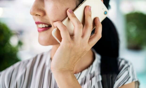 мобільний телефон, дзвінок