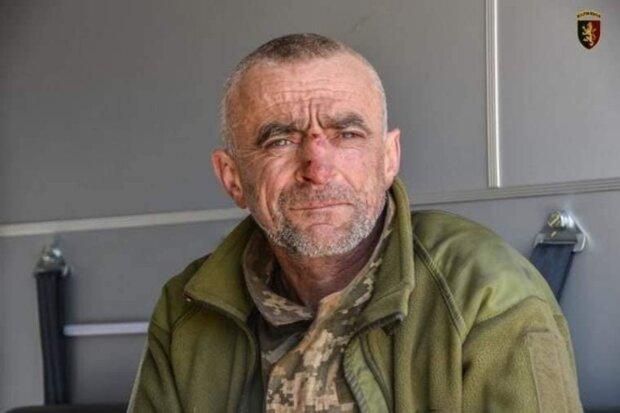 """Боєць ЗСУ ризикнув життям заради побратима: """"Копав руками дві години"""""""