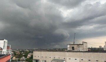 Стихия ворвется в Одессу: погода готовит испытание на выходных