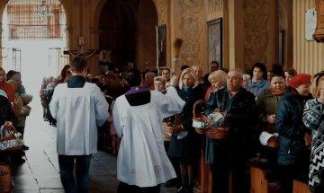 Католическая пасха 2021: дата и все, что важно знать о празднике в условиях карантина