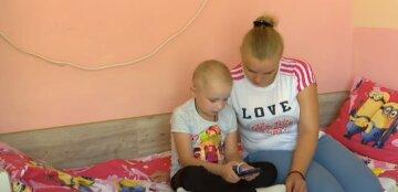 """Самотня багатодітна українка благає про порятунок восьмирічної дочки: """"Я б серце віддала"""""""