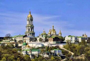 Приналежність Печерської і Почаївської лаври: експерт розповів подробиці
