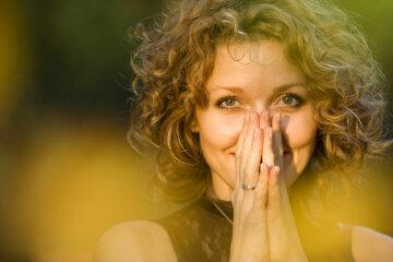 маолитва, женщина, весна