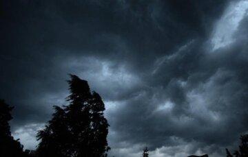 Стихия окончательно закроет одесситов дома: какой будет погода на пасхальных выходных