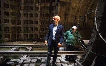 Запуск новых станций метро внезапно перенесли в Киеве: когда открытие