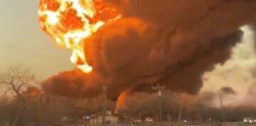 "Масштабна пожежа спалахнула в Одесі, рятувальники вступили в битву з вогнем: ""більше 600 кв. м..."""