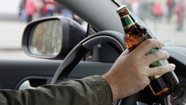 пьяный водитель,