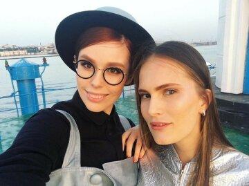 Красотки-ведущие «Топ-модель по-украински» свели с ума образами в пикантных нарядах: «Сейчас будем…»