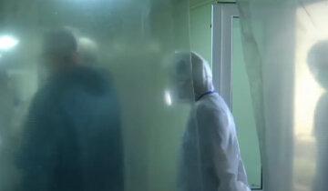 Епідемія не вщухає на Дніпропетровщині, вірус косить людей без розбору: останні дані про жертви