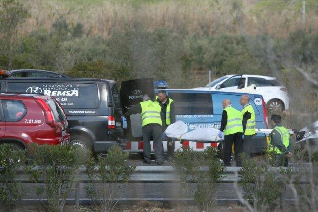 В Испании разбился автобус со студентами, 14 человек погибли (фото)