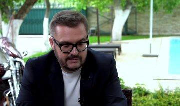 """Олександр Пономарьов розкрив причину раптової смерті батька: """"Це така історія..."""""""