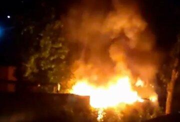 В Харькове вспыхнуло здание на территории больницы: детали и кадры с места ЧП