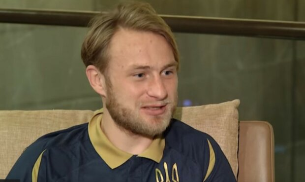 """Футболіст Безус розкритикував українців, які їдуть в Росію: """"Можна в іншому місці заробити"""""""