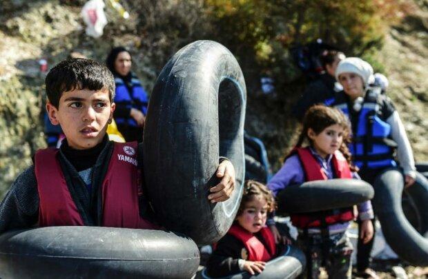 Правительство Турции планирует расселить 3 млн сирийских беженцев в городах турецкого Курдистана