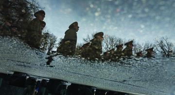 Военное положение в Украине – необходимость, угроза или пиар?